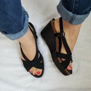 DONALD J PLINER Size 8.5 Black Wedge Espadrilles